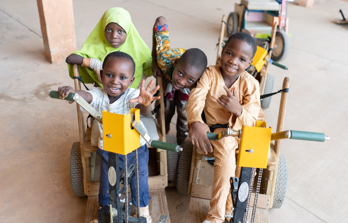 CURE Niger kids send their warm greetings to you!